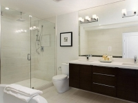 contempary-bathroom-light-fixture