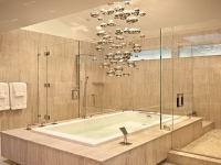 unique-contemporary-light-fixture-over-the-tub