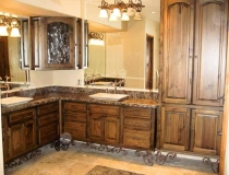 antique-bathroom-lighting-ideas