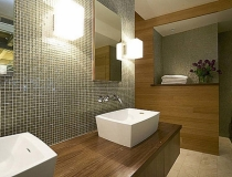 boxy-scones-bathroom-light-fixture