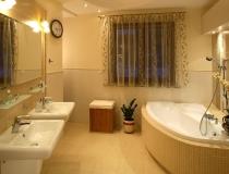 overhead-recessed-bathroom-lighting