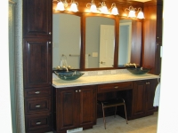 modern-bathroom-vanity-with-mirrors