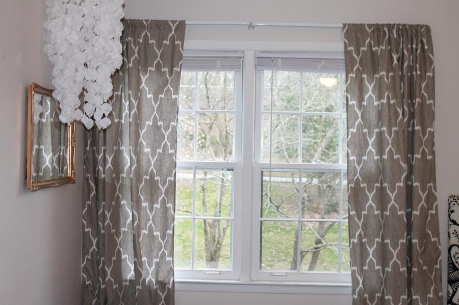 bedroom-window-curtains