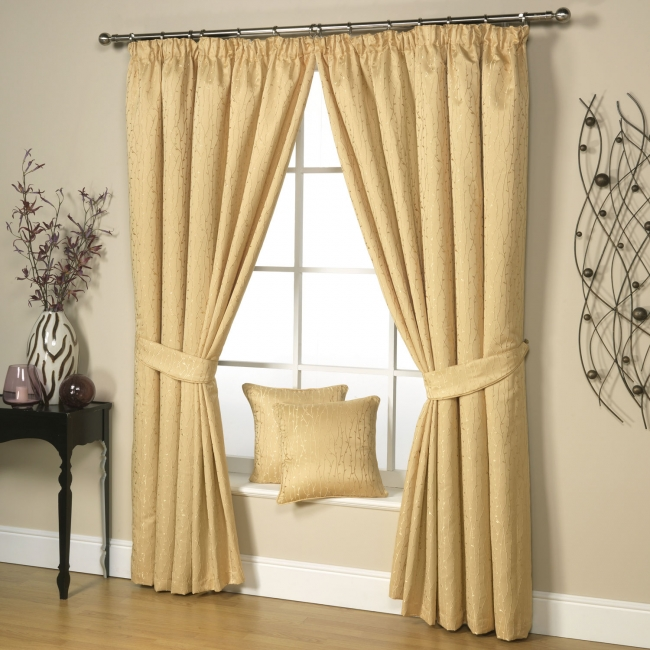 neutral-window-curtains