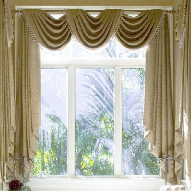 Curtains pictures gallery qnud for Window treatment ideas