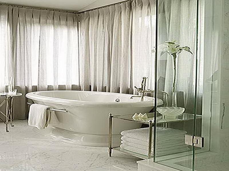 white-bathroom-window-treatment-designs