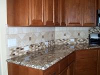 kitchen-backsplash-tiling