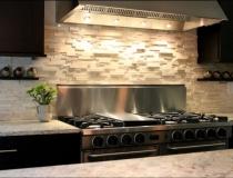textured-kitchen-backsplash