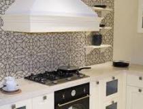 unique-design-kitchen-backsplash