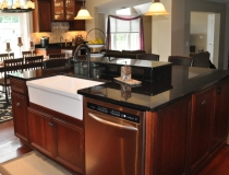 black-kitchen-countertops