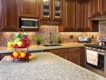 granite-countertops-in-the-kitchen