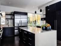 black-and-white-kitchen-designs