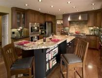 granite-countertop-kitchen-islands