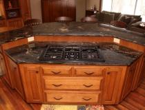 kitchen-island-with-stove