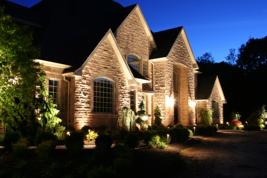 amazing outdoor landscape lighting ideas | Landscape Lighting Pictures Gallery | QNUD