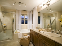 small-bathroom-window-treatments