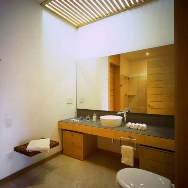 Small bathroom designs picture gallery qnud for House restroom design