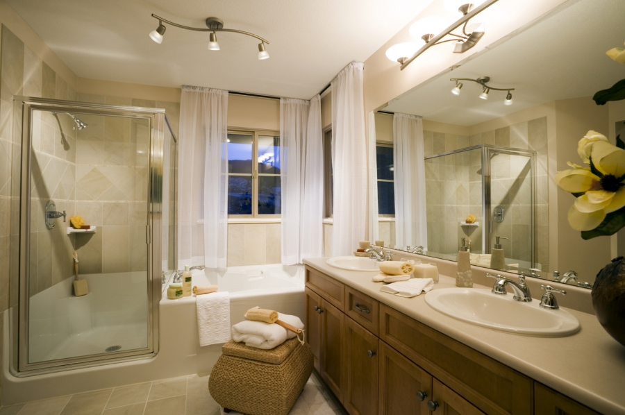 Small bathroom designs picture gallery qnud - Showers for small bathrooms ...