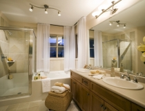 small-bathroom-window-treatments