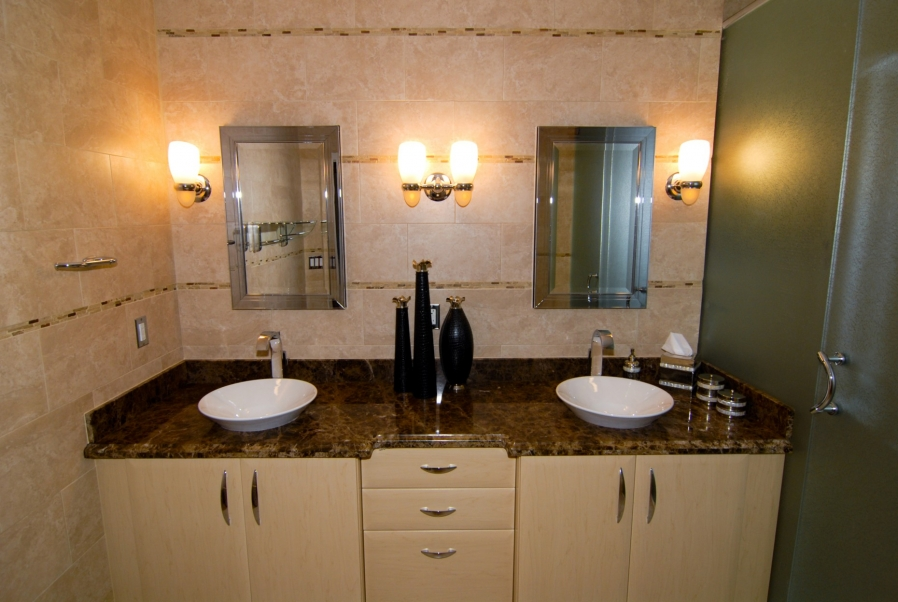Small bathroom ideas pictures gallery qnud - Best vanities for small bathrooms ...