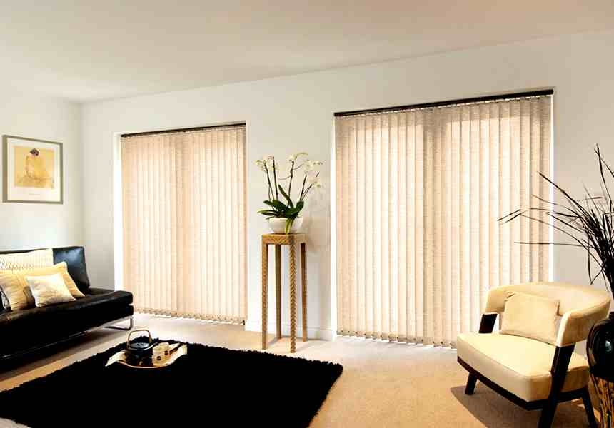 Modern living room blinds modern house for Living room blinds