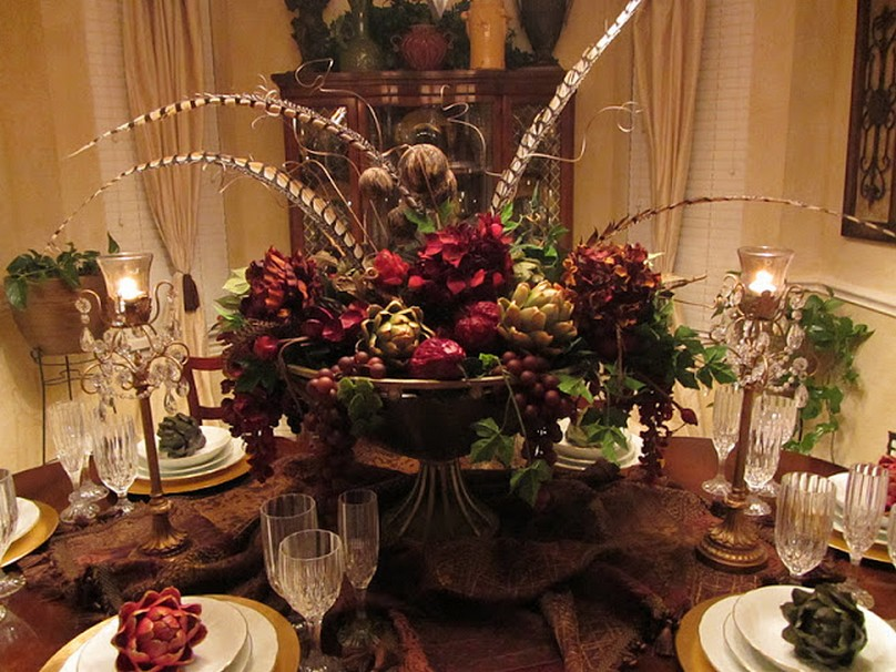 Top 21 ideas for the dining table centerpiece qnud for Large dining room centerpieces