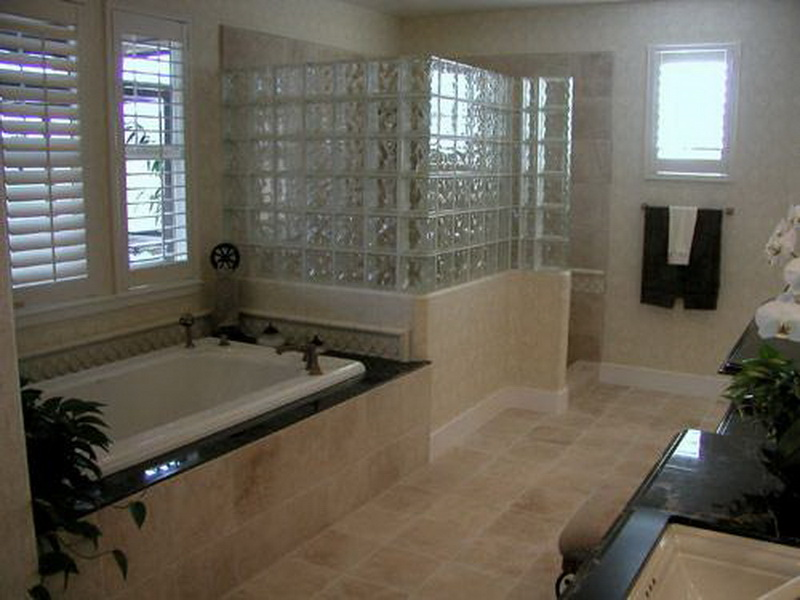 7 best bathroom remodeling ideas on a budget qnud for Latest bathroom remodels