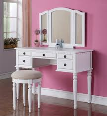 Bedroom Vanity with Mirrorr