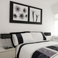 Black and White Bedroom Designs