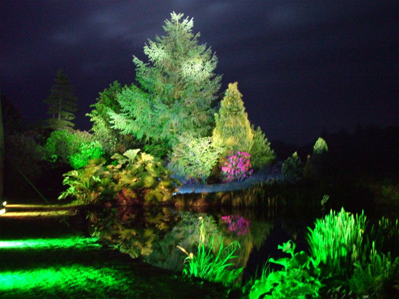 Pics Photos  Bright Garden Lighting Ideas