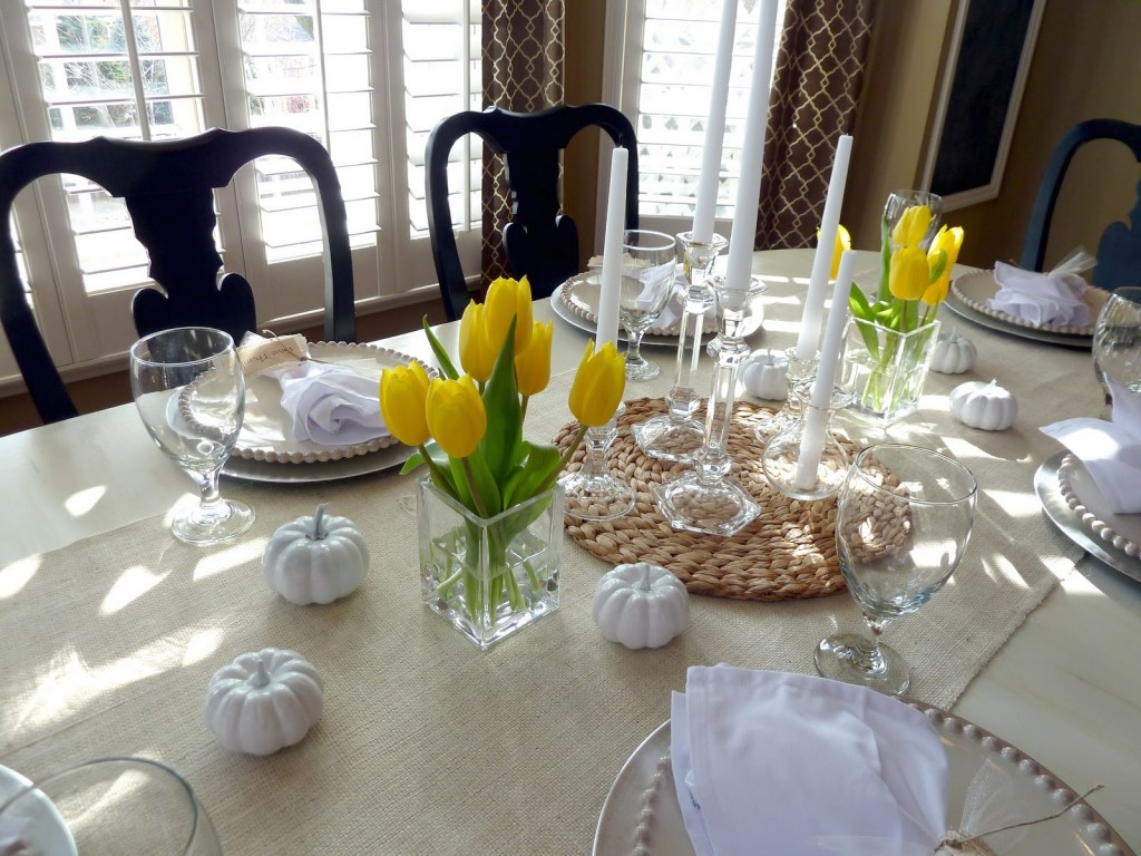 Top 21 ideas for the dining table centerpiece qnud for Dining table arrangement ideas