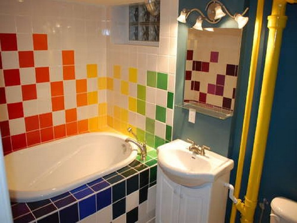 Children 39 s bathroom ideas 6174 for Children s bathroom designs