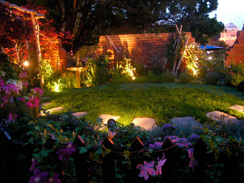 Easy DIY Garden Lighting Ideas