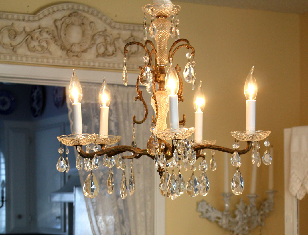 Crystal chandeliers qnud - Dining room crystal chandelier ...