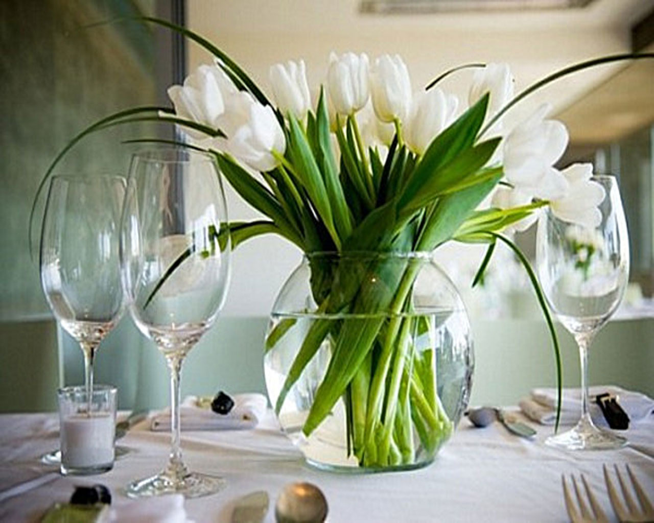 Kitchen Table Floral Arrangements