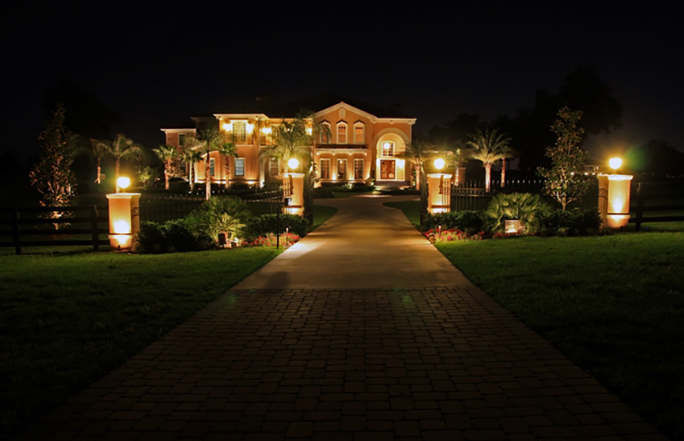 Landscaping Lighting Ideas For Front Yard : Front Yard LED Outdoor Lights (6732)