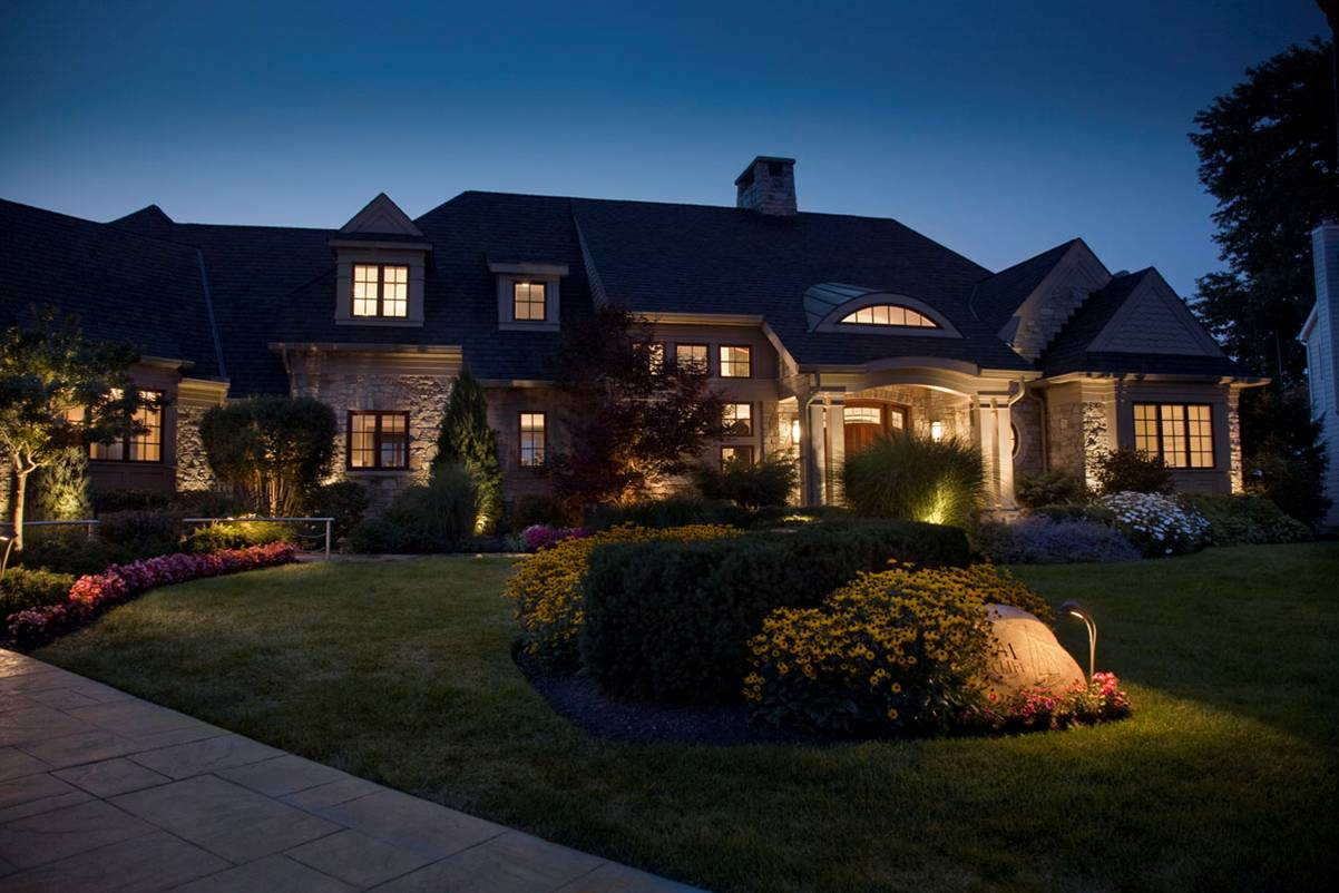 Best patio garden and landscape lighting ideas for 2014 qnud aloadofball Choice Image