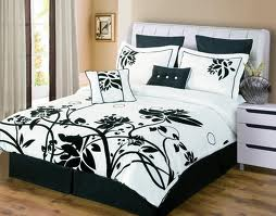 Luxury Black and White Bedding