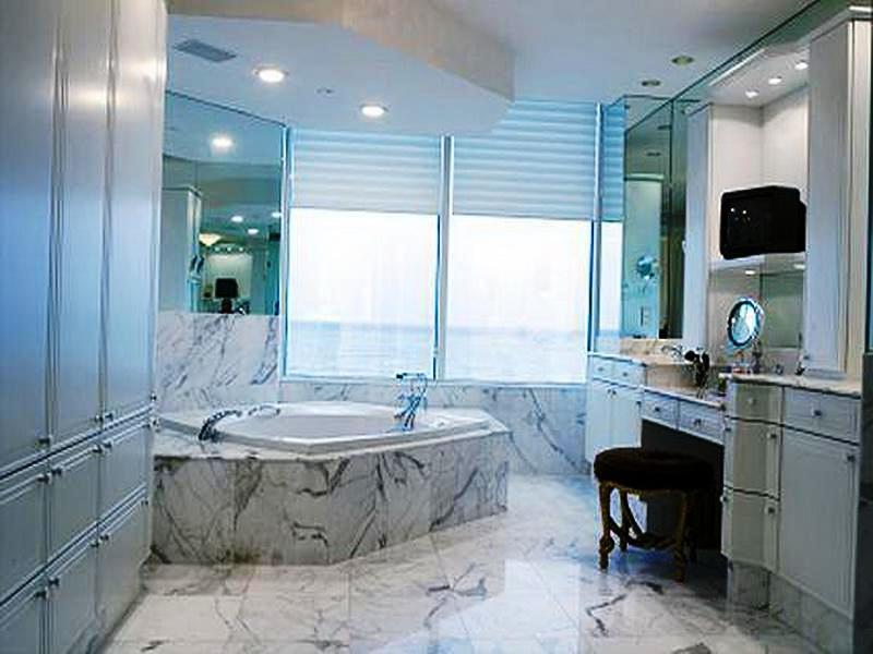 Marble Bathroom Window Treatment Ideas