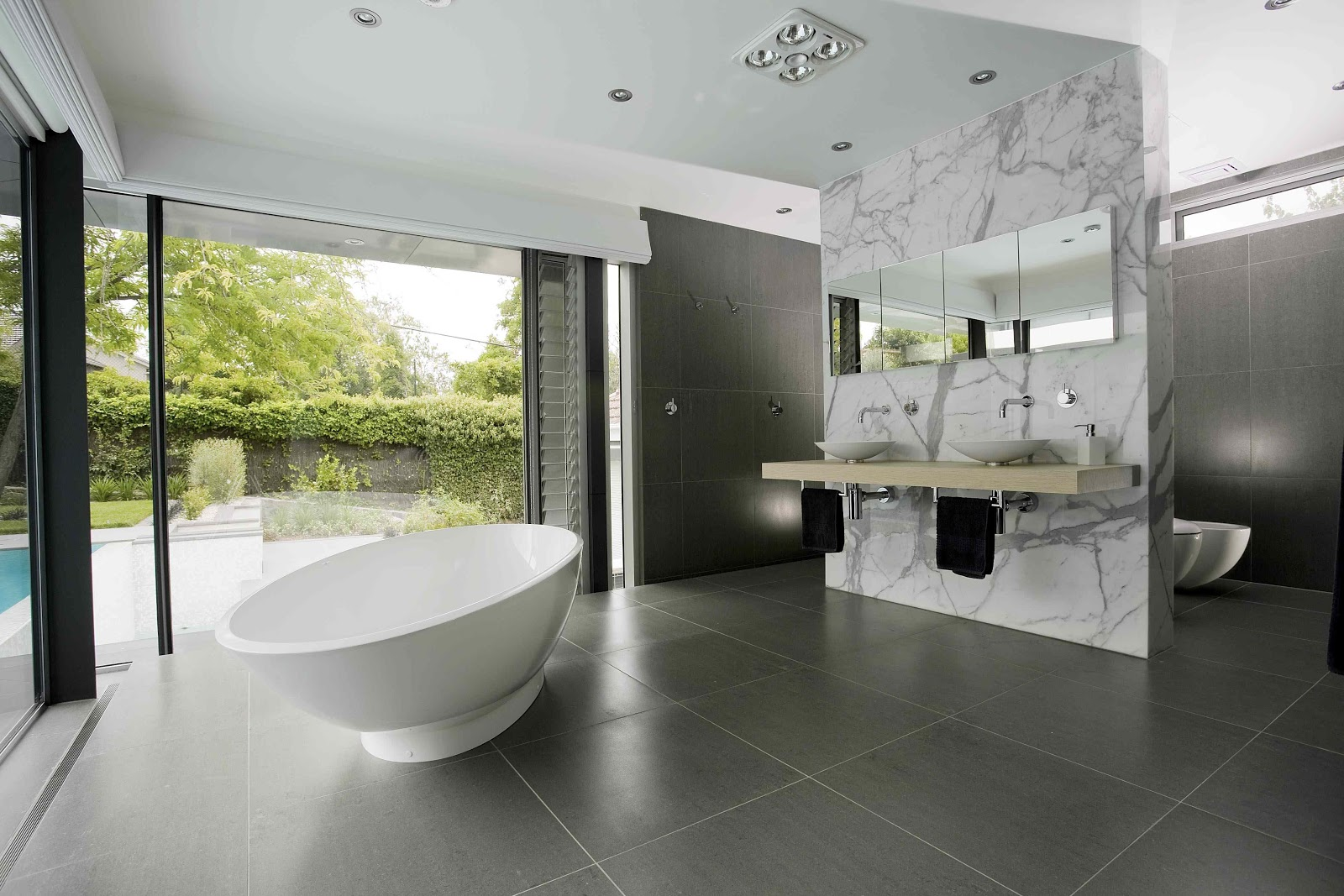 The top ideas and designs to enhance any ensuite bathroom for Great bathroom designs