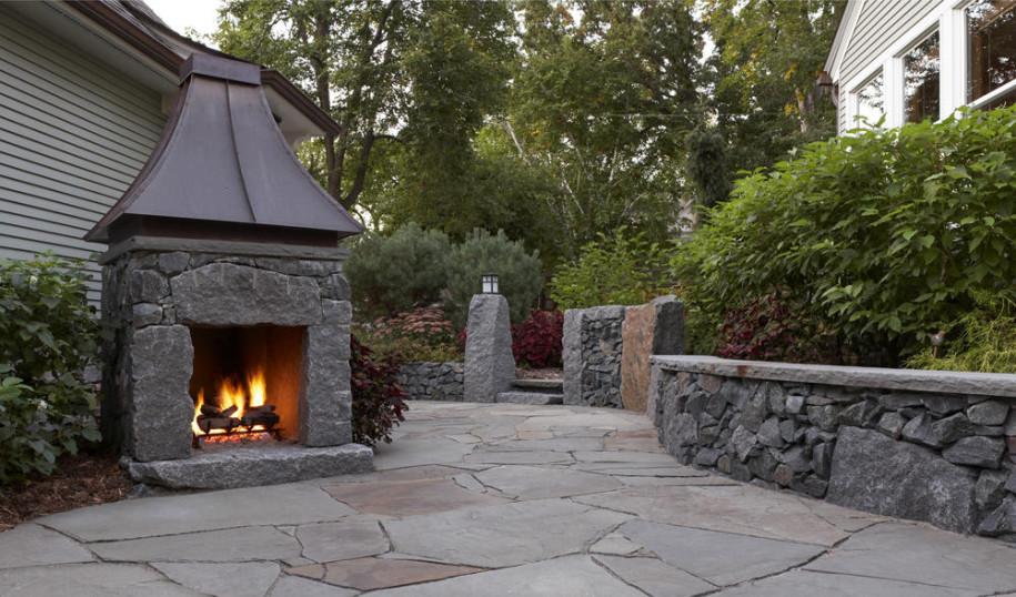 Small outdoor fireplaces 6354 for Small fireplace ideas