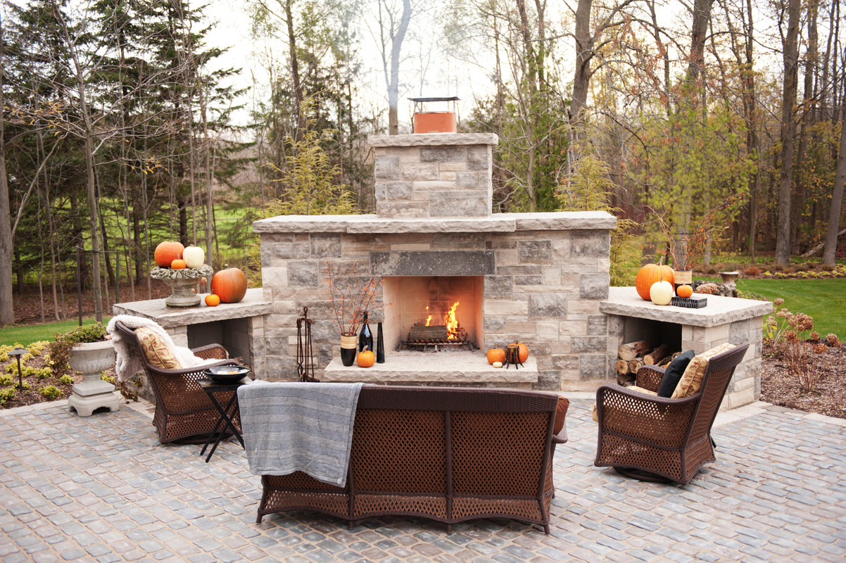 Top 21 designs for the outdoor fireplace qnud for Outside fireplace plans