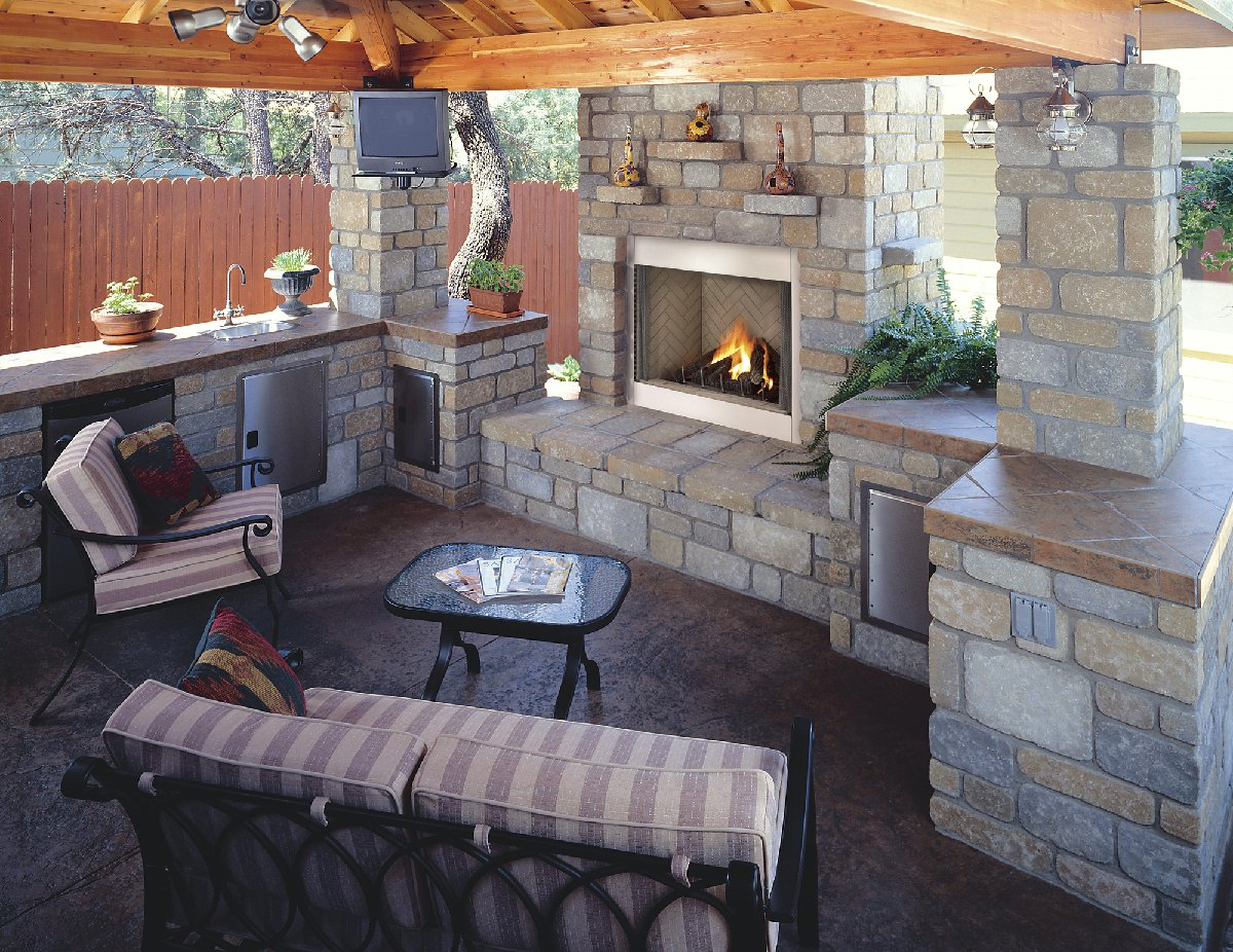 Top 21 designs for the outdoor fireplace qnud Deck fireplace designs