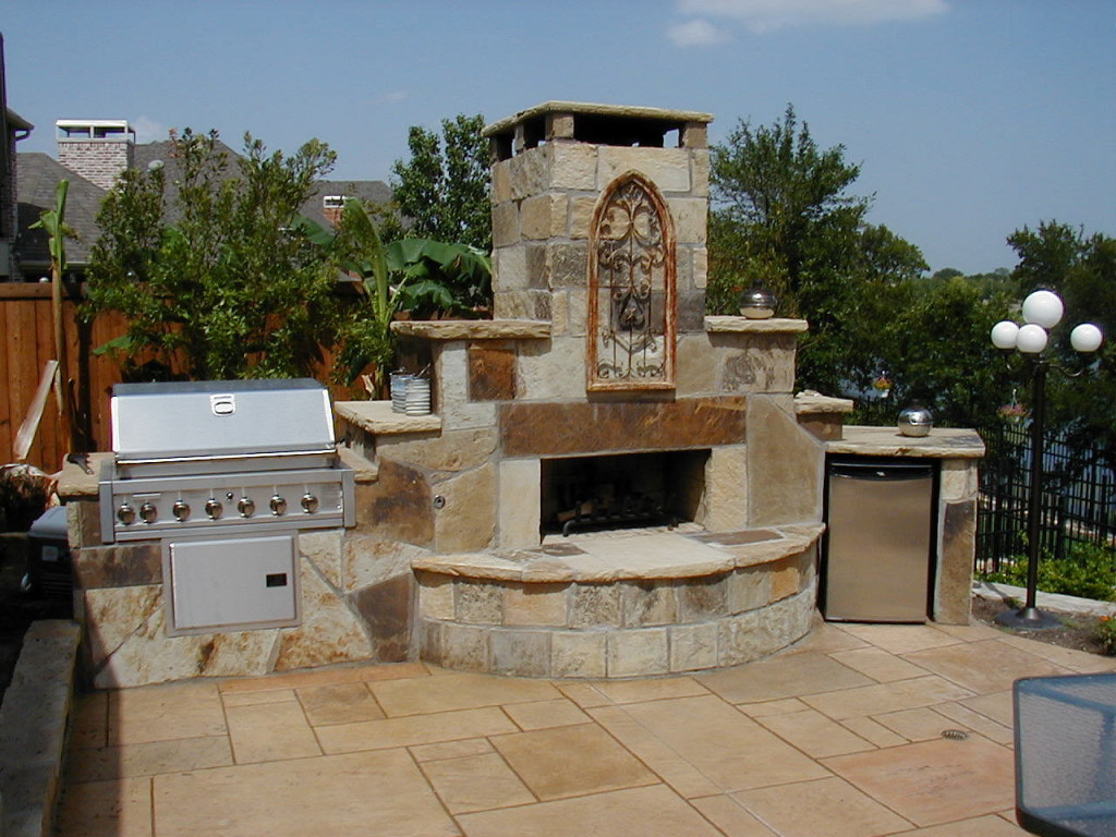 Outdoor Fireplaces