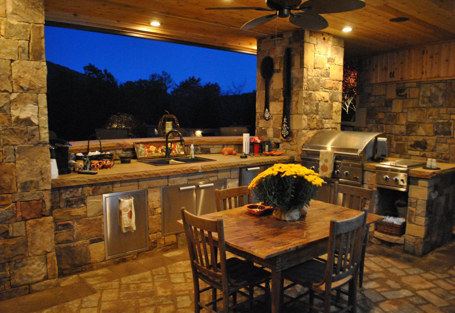 Outdoor Kitchen Lighting