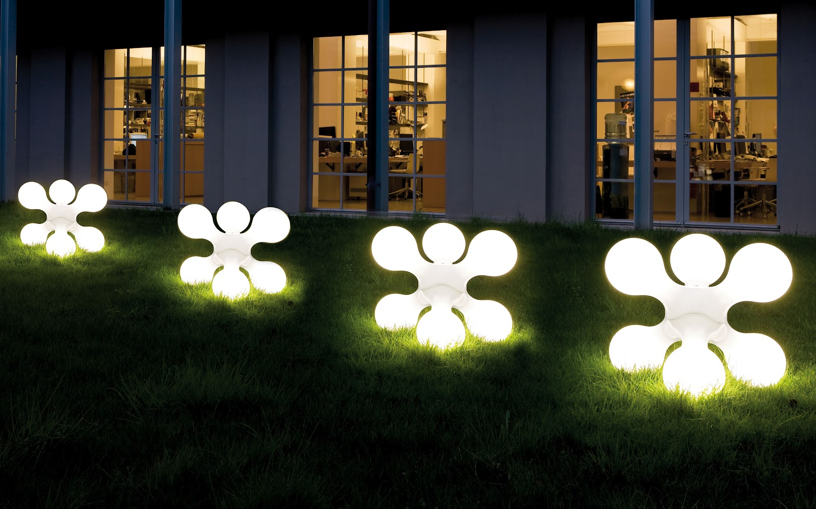 10 best outdoor lighting ideas for 2014 qnud for Lampe exterieur led design