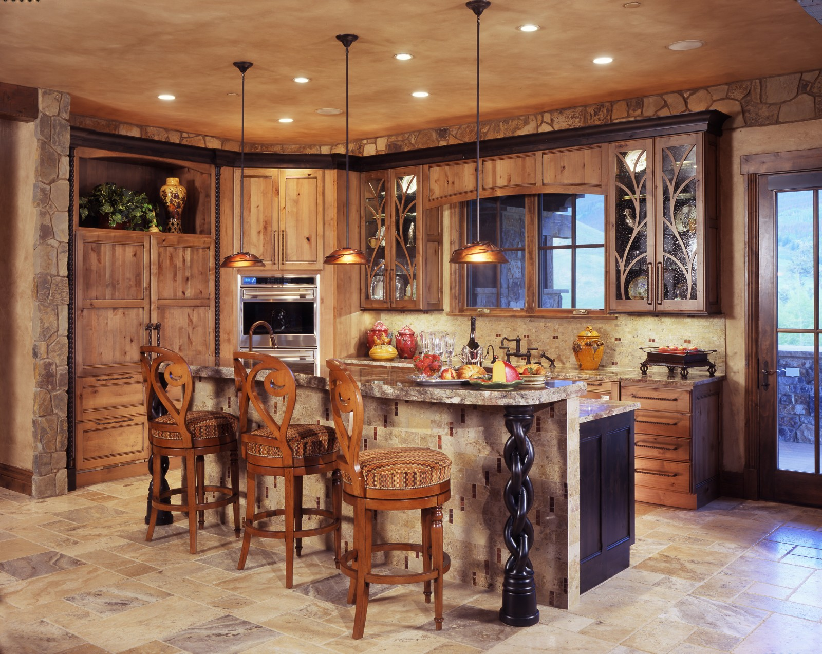 Top 25 ideas to spruce up the kitchen decor in 2014 qnud for Rustic kitchen island ideas
