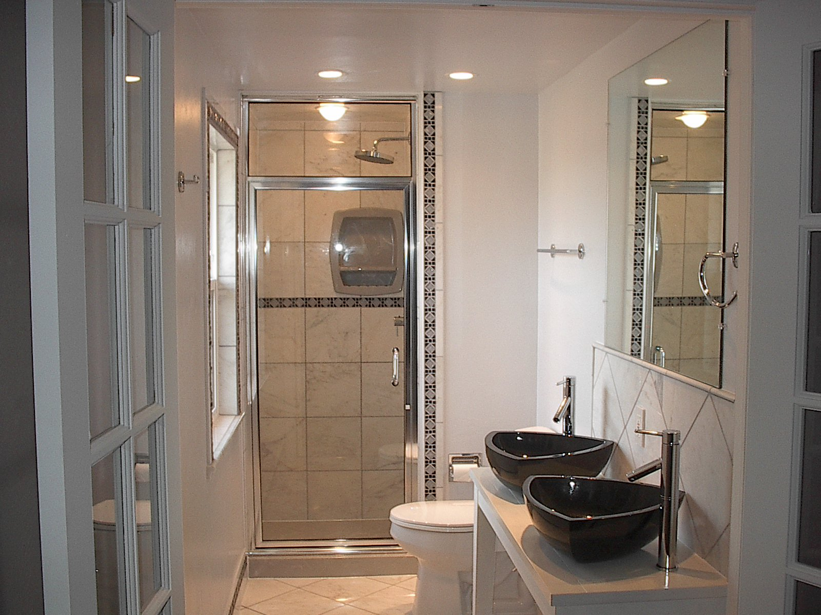 The top ideas and designs to enhance any ensuite bathroom qnud - Small Bathoom Vanities