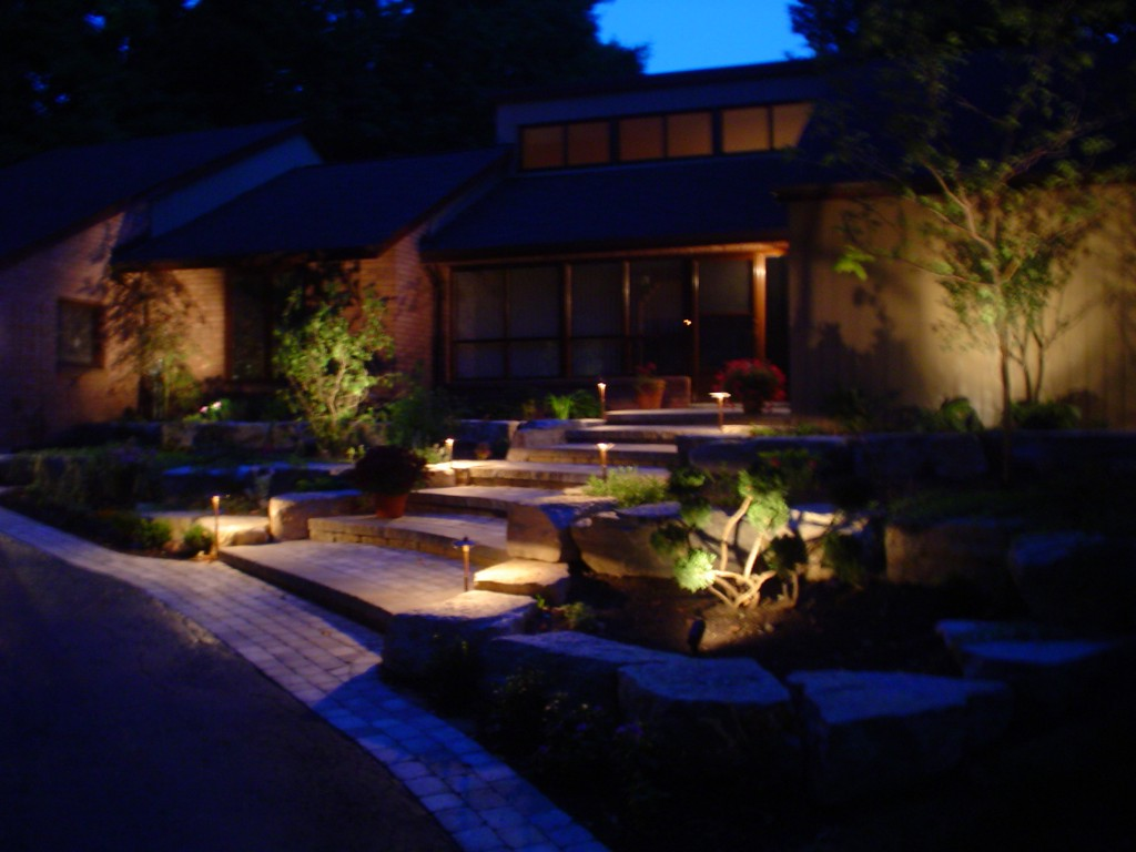 Best patio garden and landscape lighting ideas for 2014 - How to design outdoor lighting plan ...