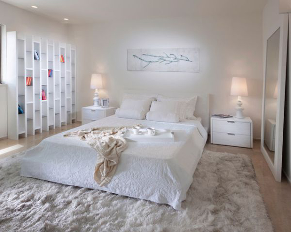 . White Bedroom Decor  5991